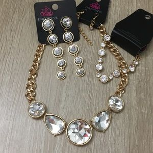 Jewelry - Paparazzi 3piece set